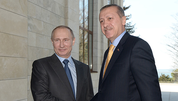 putin-i-erdogan-nachali-peregovory-v-uzkom-sostave