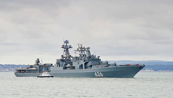 rossiyskiy-voennyy-korabl-zashel-v-siriyskiy-port-dlya-remonta