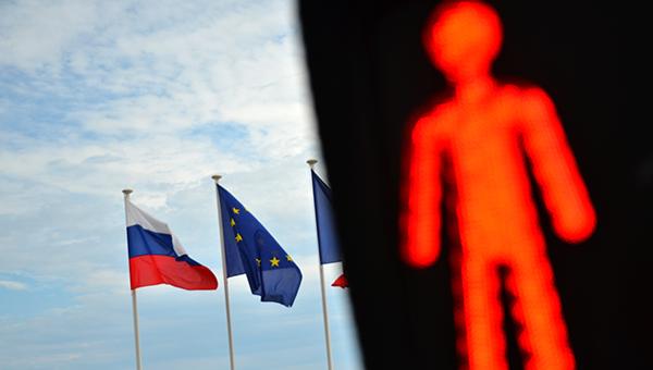 ekspert-evropa-dolzhna-sdelat-vse-dlya-otmeny-sankciy-protiv-rossii
