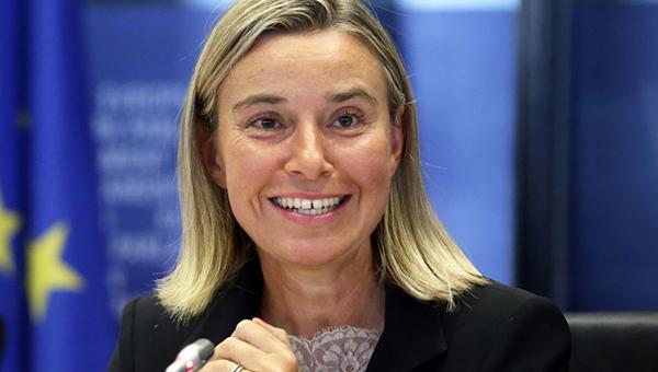 evropa-v-panike-ona-bolshe-ne-nuzhna-rossii