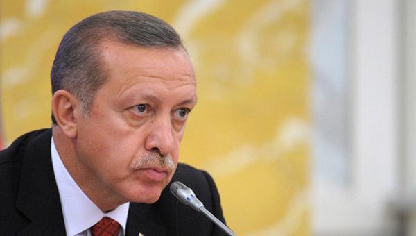 erdogan-es-ne-vprave-uchit-turciyu-demokratii