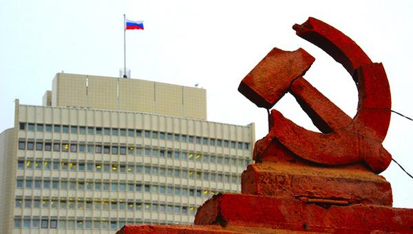 obserwator-polityczny-rossiya-pobedit-zapad-esli-vyderzhit-udar-sankciy