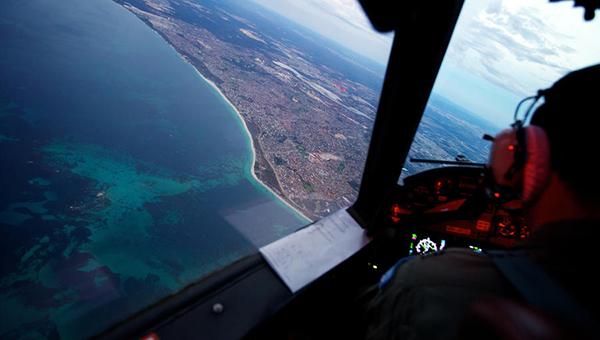 britanskie-smi-propavshiy-nad-indiyskim-okeanom-samolet-malaysia-airlines-byl-sbit-voennymi-ssha