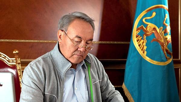 nazarbaev-nazval-koren-vseh-problem-i-bed-ukrainy