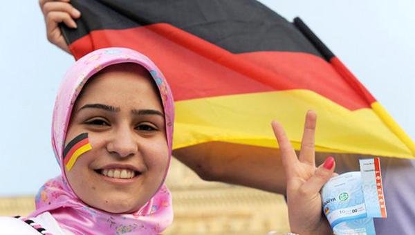 nemeckiy-ekonomist-zatraty-na-migrantov-vyshe-dohodov-ot-nih