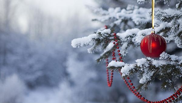 10-novogodnih-tradiciy-so-vsego-mira