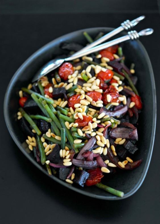 салат из печеной свеклы рецепт с фото