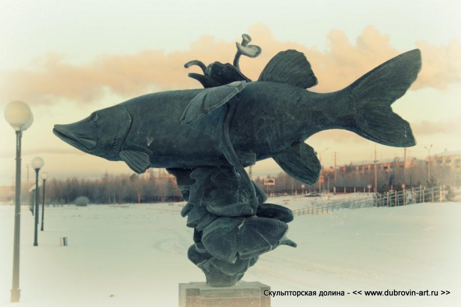 Скульптура Щука. г. Нефтеюганск, 2012г.