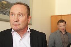 Новый менеджмент канала Олег Радченко и Артем Шевченко 23-го апреля, в ходе борьбы за канал