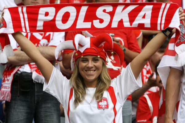 http://ic.pics.livejournal.com/czeslaw_list/71417888/132116/132116_600.jpg