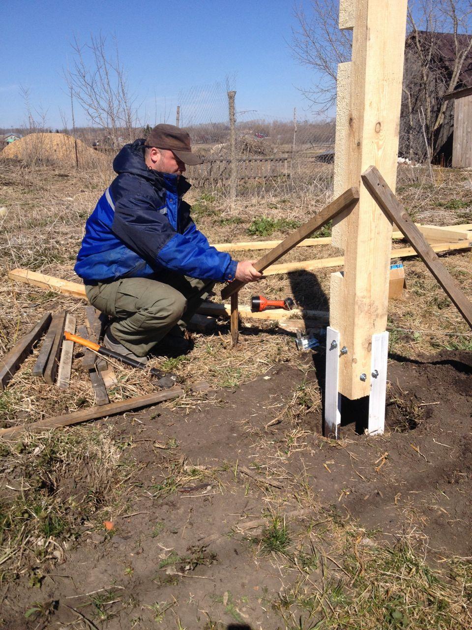 Как защитить деревянные столбы от гниения. Деревянный 55
