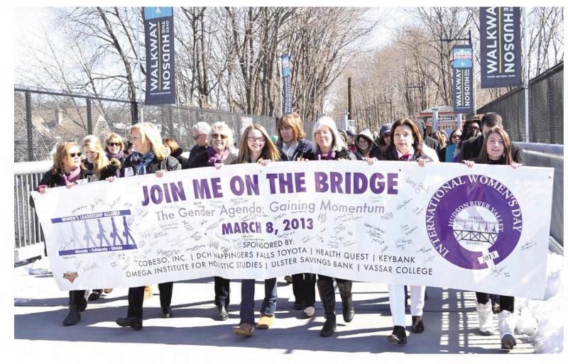 Poughkeepsie Journal 27 января 2014.