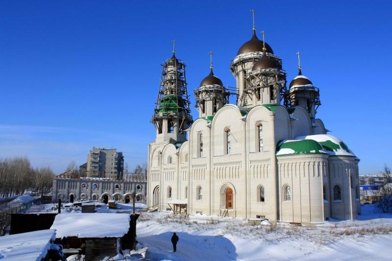 Источник: https://altaistarover.ru/news/zhizn-obshiny/41-stroyka-12-2014-photos