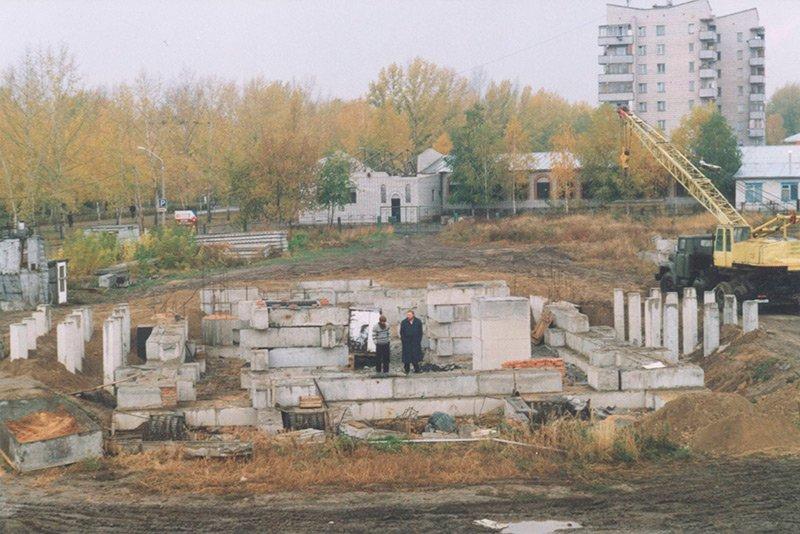 Источник: https://altaistarover.ru/articles/history/31-istoriya-o-fundamentnykh-blokakh
