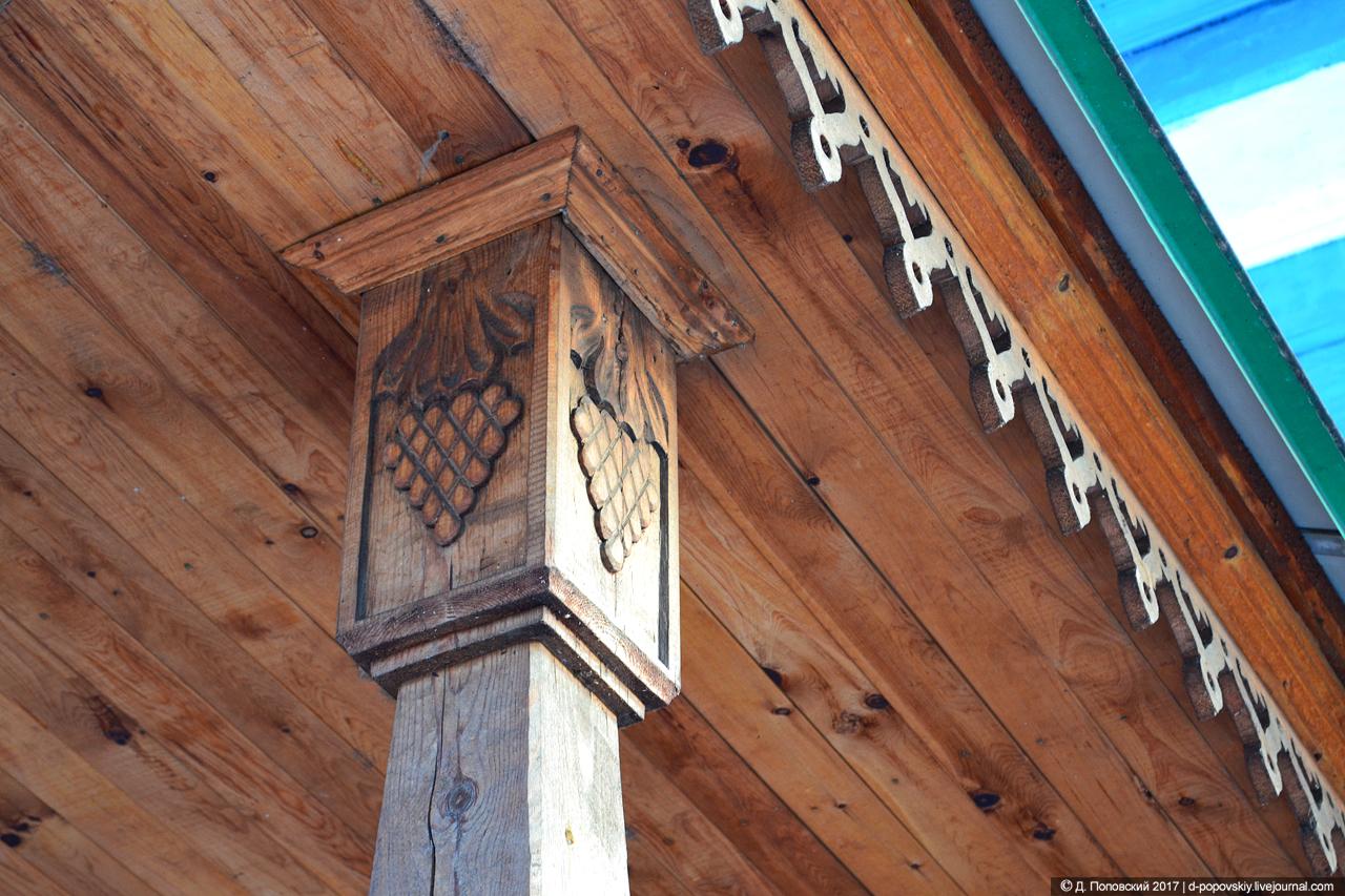 Декор навеса над входом