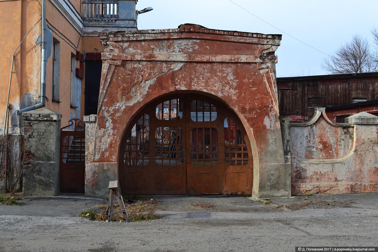 Ворота усадьбы купца Ассанова
