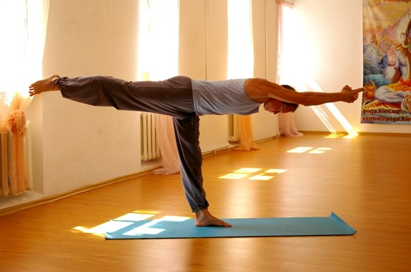 Гимнастика йога для таза
