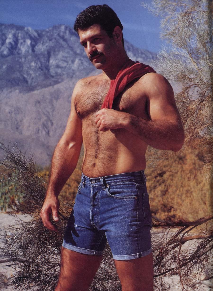 Человек, похожий на Виктора Лукашенко