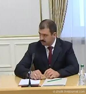 Виктор Лукашенко стремительно лысеет (фото-2)