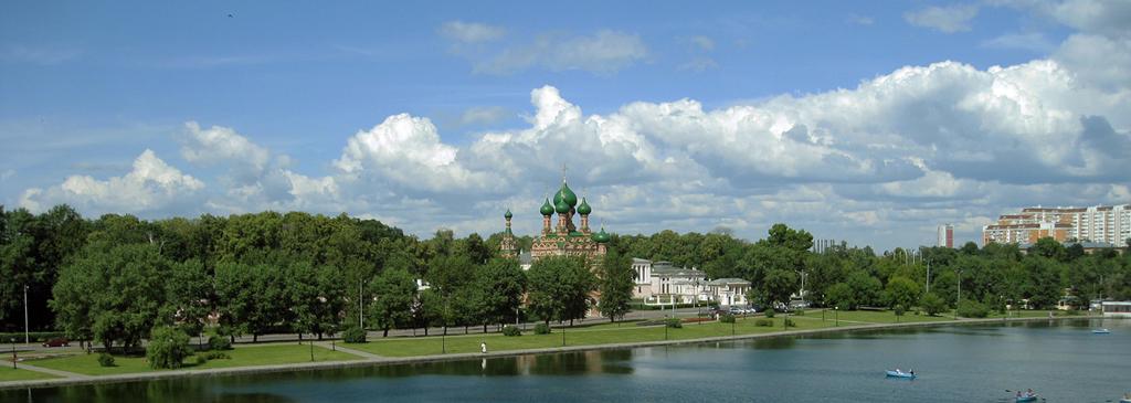 Останкиновский пруд...