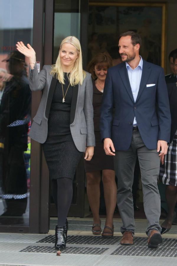 Crown+Prince+Haakon+Crown+Princess+Mette+Marit+BPoVR27DIHDx
