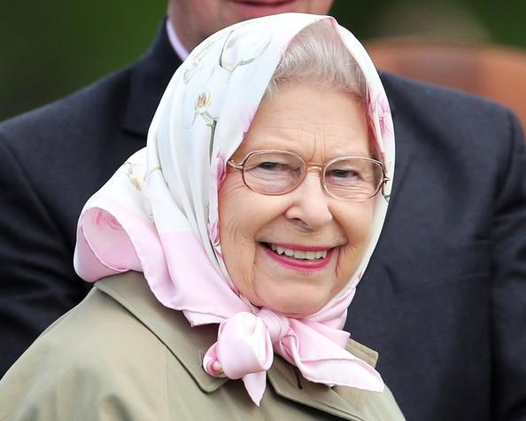 Queen+Elizabeth+II+Attendees+Royal+Windsor+nUAVR91xGeml