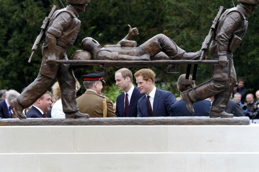 Prince+Harry+British+Royals+Visit+Heroes+Recovery+gP114bQ2RMhx