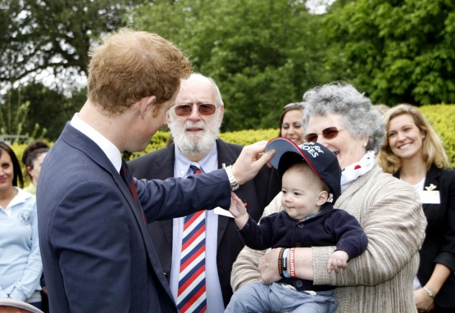 Prince+Harry+British+Royals+Visit+Heroes+Recovery+hMVzUOrqprAx