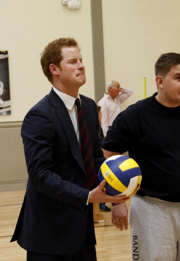 Prince+Harry+British+Royals+Visit+Heroes+Recovery+lwZSc5hlz43x