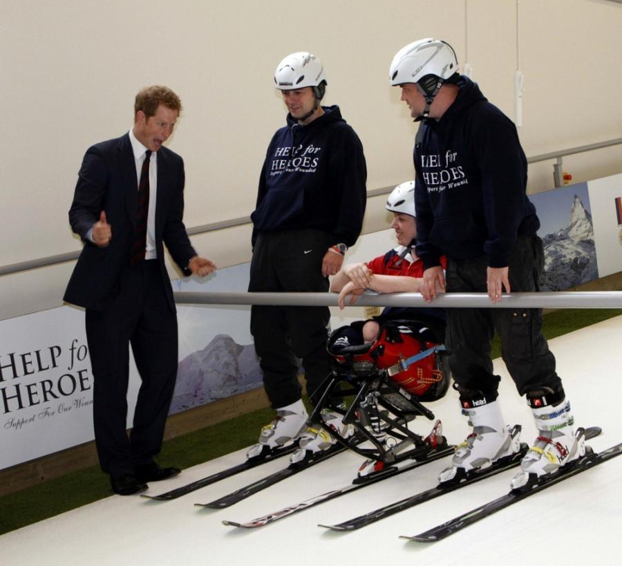 Prince+Harry+British+Royals+Visit+Heroes+Recovery+-oau7SjdBzVx