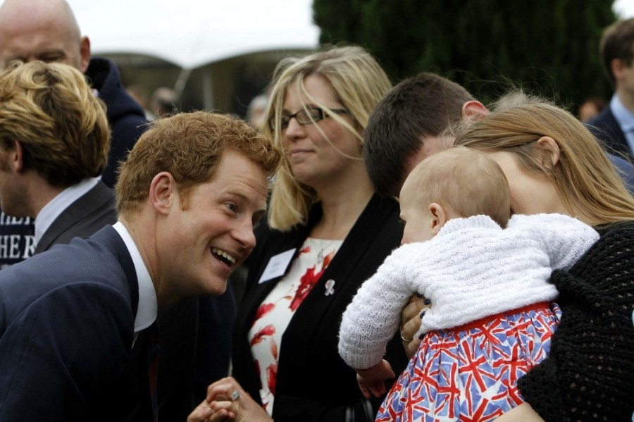 Prince+Harry+British+Royals+Visit+Heroes+Recovery+st1CzXm-0fnx
