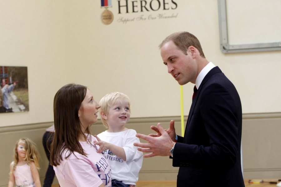 Prince+William+British+Royals+Visit+Heroes+32eqP1skWXox