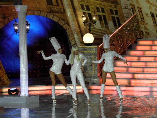 Леді Гага виступила з Михайлом Боярським. Відео