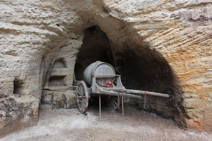 Пещеры в ракушечнике