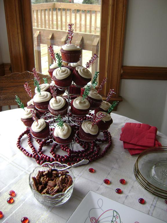 A Red Velvet Cupcake Tree!