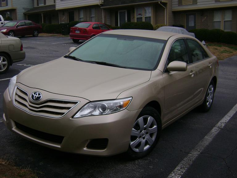 2011 Gold Toyota Camry