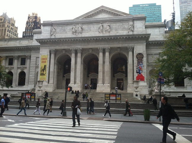 The 5th Avenue entrance to the New York Public Library