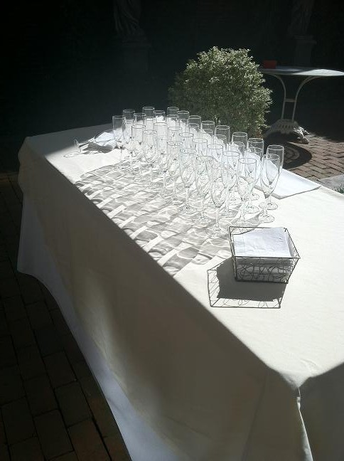 As do the campaign toast glasses