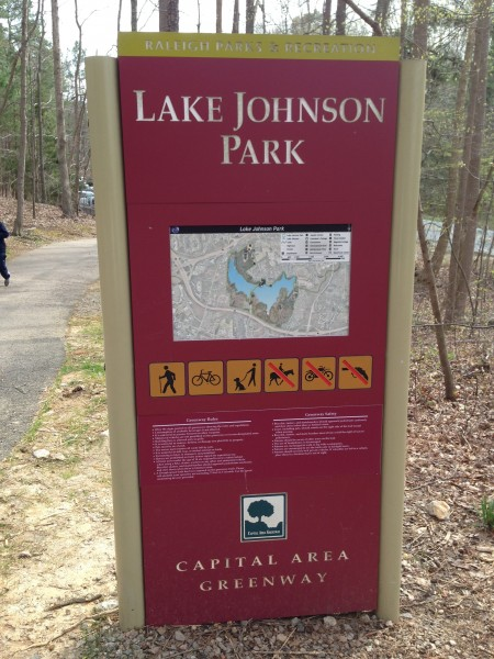 Entrance sign to the park