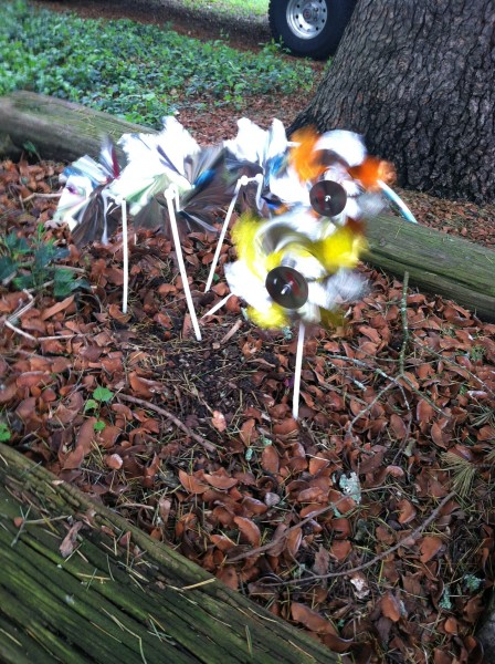Yard pinwheels