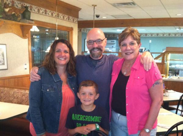 Stephanie, Bob, Mary, and Drew at breakfast
