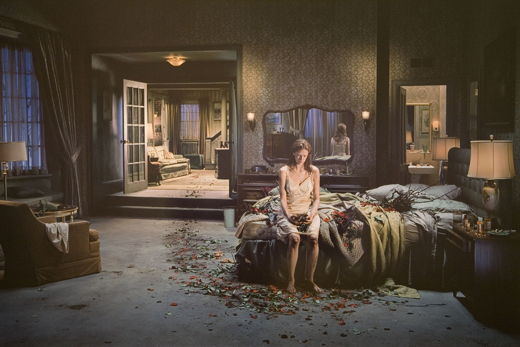 Gregory Crewdson - Dream House, plate 63
