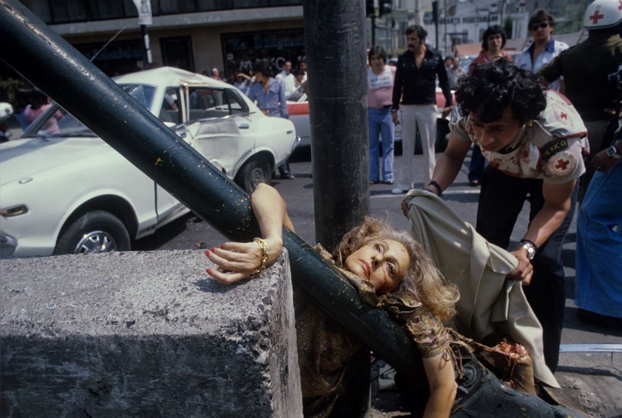 Enrique Metinides - Adela Legarreta Rivas run over by a Datsun, 1979