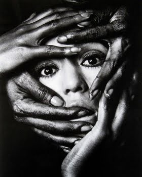 Kishin Shinoyama - A Head and Four Hands, ca. 1968