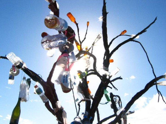 The Bottle Tree!  Now with added messages!