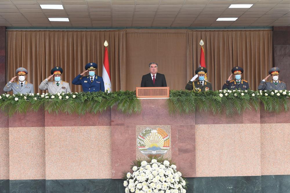 Военный парад в честь 25-летия образования Национальной гвардии Республики Таджикистан