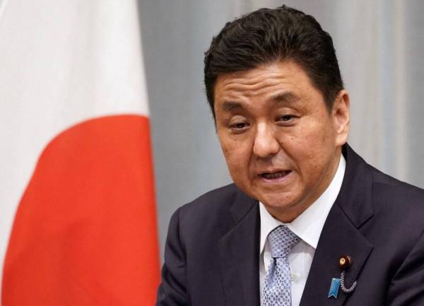 Церемония вступления в должность нового министра обороны Японии