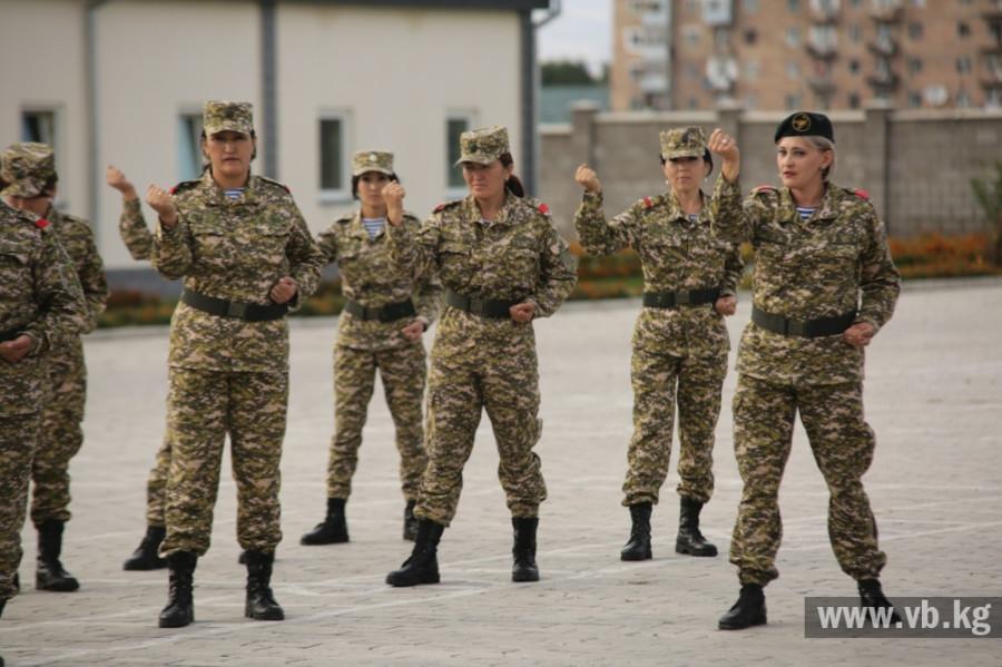 Как служат герои современной армии