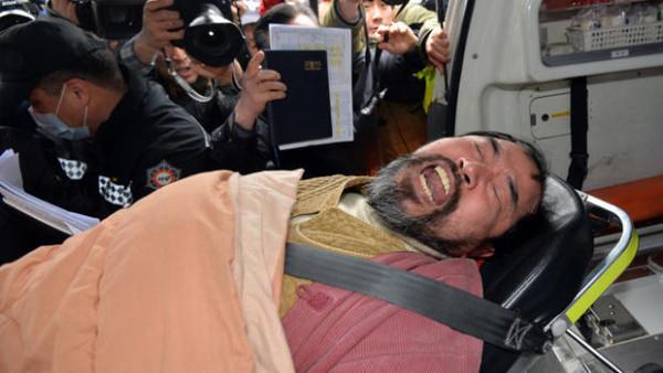 korea-ambassador-assailant-2015-03-05t050356z