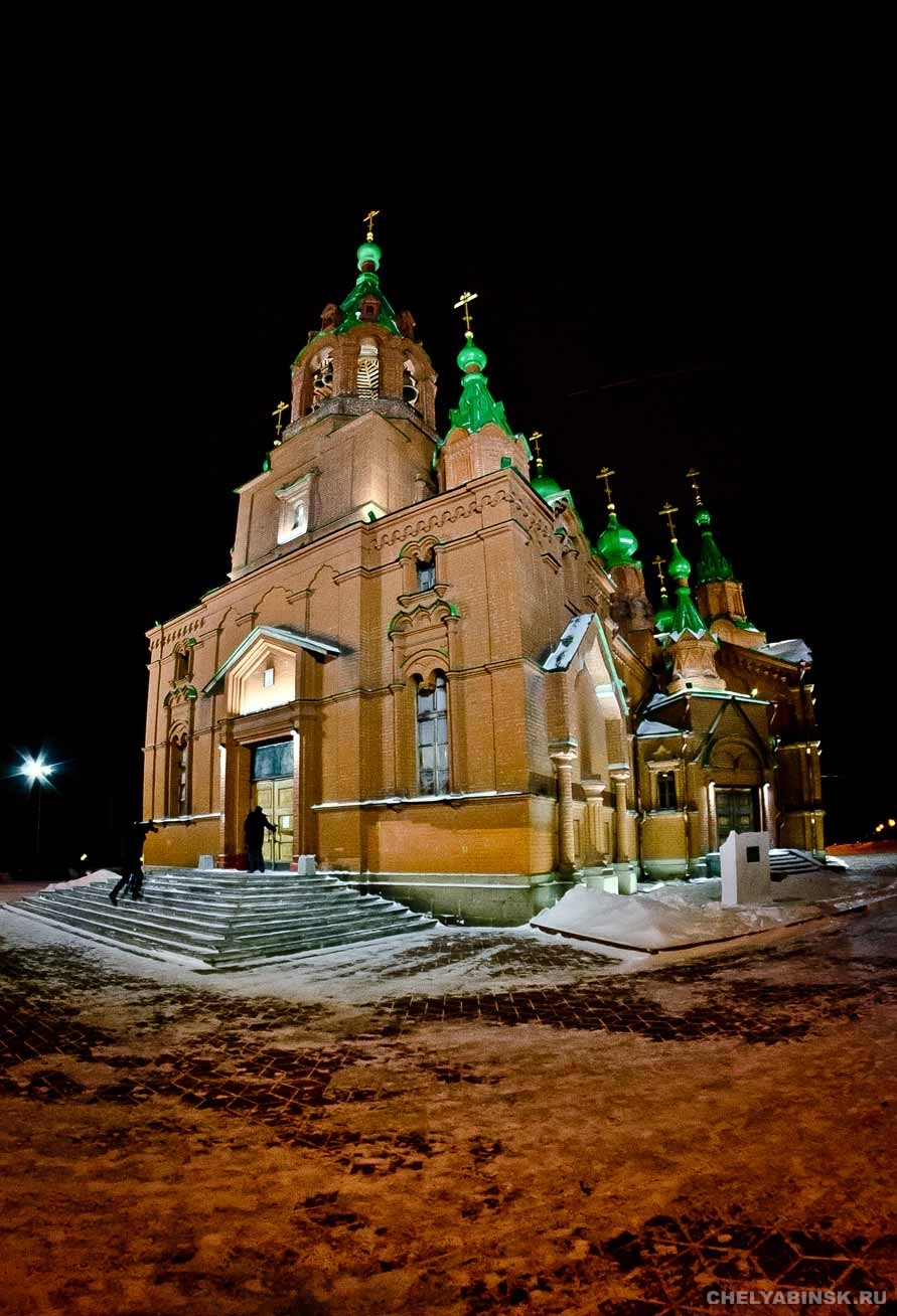 храм а.невского с подсветкой